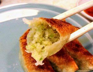 浅草にある人気店餃子の王さまの餃子