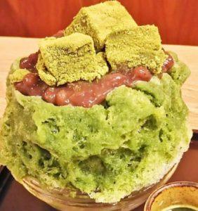 京都にある梅園河原町店の宇治金時抹茶わらびき氷