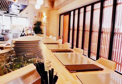 大阪市にある四川料理馬鹿坊バカボンの店内