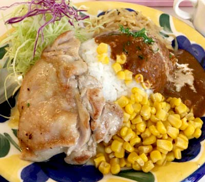 四ツ谷駅近くにある洋食屋バンビ四谷店のチキンステーキ