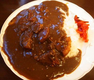 東京都品川区JR大井町駅近くにある人気洋食屋ハピネスHappinessのカレーライス