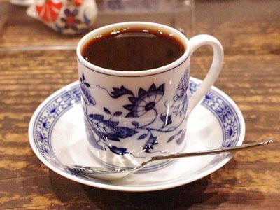 東京都渋谷駅近くにあるコーヒー専門店茶亭羽當チャテイハトウのコーヒー