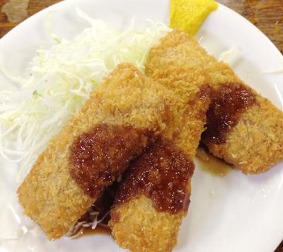 東京都渋谷駅南口にある立ち飲み居酒屋富士屋本店のハムカツ