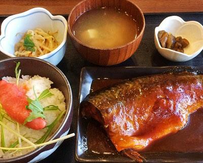 東京都中央区勝どきにある海鮮定食食堂池のやのサバ味噌