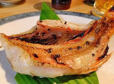 大阪市西梅田駅近くにある魚介料理屋いしもん本店の焼き魚