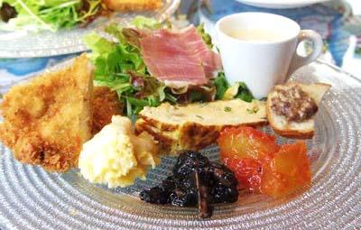大阪肥後橋駅近くにあるイタリアンイルベッカフィーコの前菜