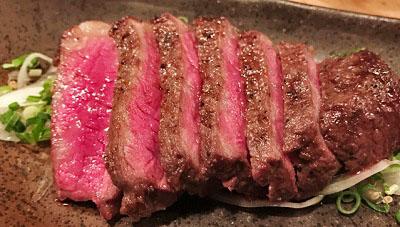 福岡県福岡市にある人気居酒屋炉ばた雷橋の牛肉