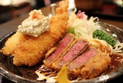 京都市中京区にある洋食店キッチンゴン六角店のビーフカツ・海老フライ・白身魚のフライ