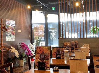 京都市中京区にある洋食店キッチンゴン六角店の店内