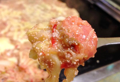 東京都中央区月島駅近くにあるもんじゃ焼きつきしま小町明太もちチーズもんじゃを食べるところ