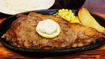 東京都西荻窪駅北口にあるステーキ、洋食店キャロットのサーロインステーキ