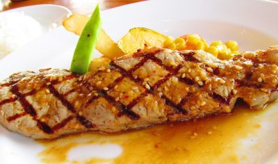 神奈川県鎌倉市にある洋食屋レストランMainメインのステーキ