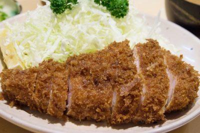 東京都大田区蒲田にある沖縄料理ととんかつ屋丸一まるいちのとんかつ