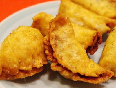 東京都港区赤坂にある中華料理店みんみんの揚げ餃子