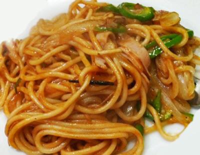 大阪市中央区難波駅近くにあるカレー洋食店ニューライトのイタリアンスパゲティ