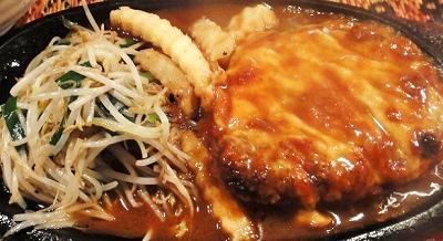 大阪市肥後橋駅近くの洋食店グリルピエロのハンバーグ