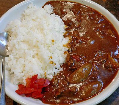 大阪市天下茶屋駅近くにある黒毛和牛が人気の洋食の店Revoレボのカレー