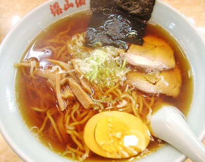 東京都練馬区にある人気中華料理店梁山泊リョウザンパクのラーメン