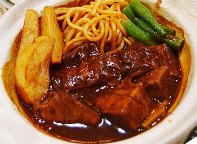 北千住駅近くにある人気洋食屋レストラン三幸のビーフシチュー
