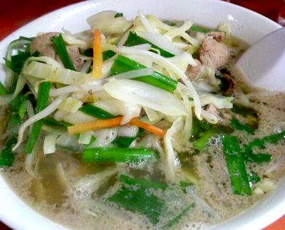 東京都台東区上野駅近くにある中華料理珍々軒のレバニラ湯麺