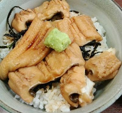東京都築地にある魚介料理屋高はしの穴子丼