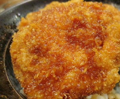 吉祥寺駅南口近くにあるとんかつが人気のタレカツ吉祥寺店のひれカツ丼
