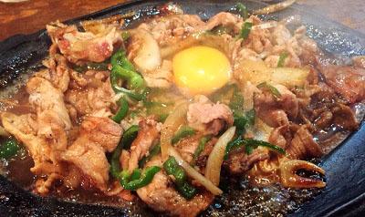 東京都葛飾区にある人気洋食屋やまぐちさんの肉炒め