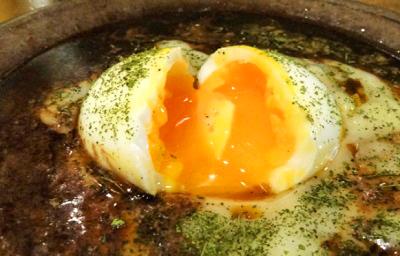 東京都港区原宿駅近くにあるカレーが人気のお店ヨゴロウYOGOROの玉子カレー