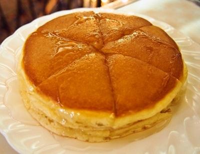 日本橋駅近くにある純喫茶アメリカンのパンケーキ