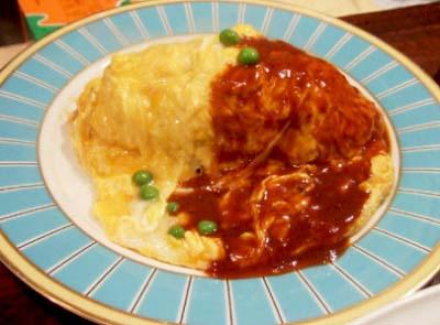 本所吾妻橋駅近くにある洋食レストラン吾妻のオムライス