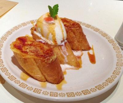 駒沢大学駅近くにあるカフェバワリー・キッチンのフレンチトースト