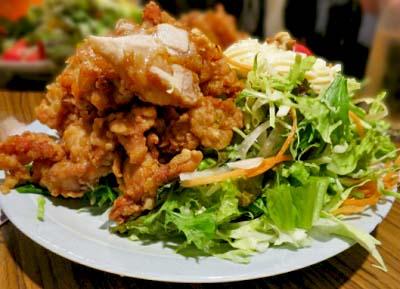 上板橋駅近くにある西アジア料理居酒屋花門のからあげ