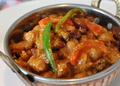 池上駅近くにあるネパール料理店ヒマラヤのカレー