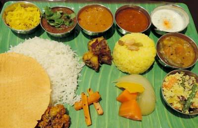 吉祥寺駅近くにあるインド料理いちじくのランチミールス