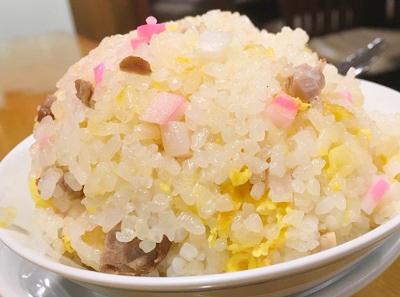 三田駅近くにある中華料理亀喜のチャーハン