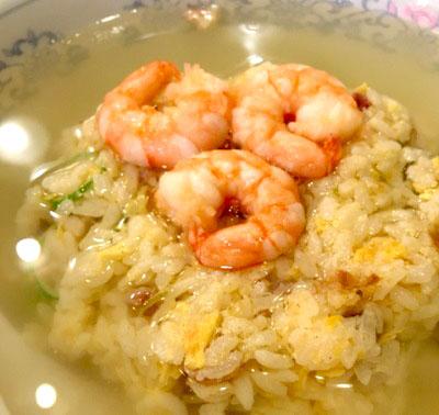 有楽町駅近くにある広東料理屋慶楽の上湯炒飯