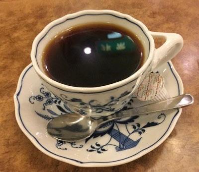 黄金町駅近くにあるカフェ珈琲山のコーヒー