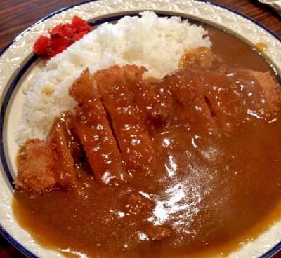 京都烏丸御池駅近くにある洋食屋キャンティのカレーライス