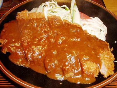 京都鞍馬口駅近くにある洋食屋まつもと食堂のカツカレー
