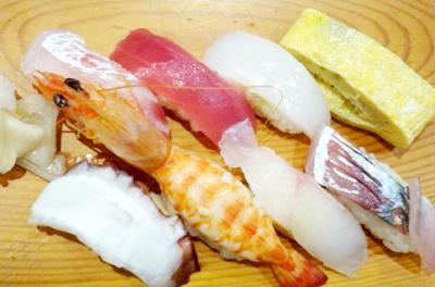 博多駅近くにある寿司紫の寿司