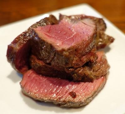 吉祥寺駅近くにある肉料理店肉山の肉