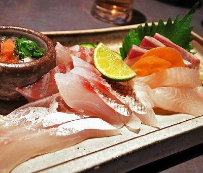 本町駅近くにある魚介料理屋瑳こうの刺身
