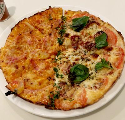 立川駅にあるイタリアンサヴィニのピザ