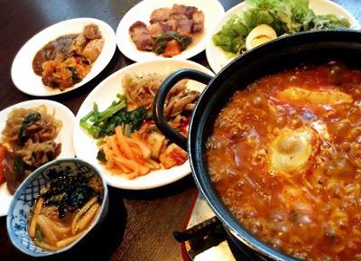 渋谷駅近くにある韓国料理スパイシースパイシーの韓国料理