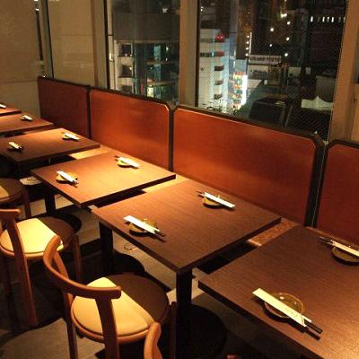 渋谷駅近くにある韓国料理スパイシースパイシーの店内