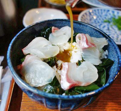 大門駅近くにある小料理屋鯛樹の鯛茶漬け