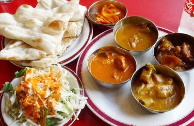 池上駅近くにあるインド料理ターラのカレーセット