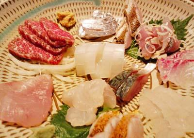 博多駅近くにある郷土料理わらびの刺身