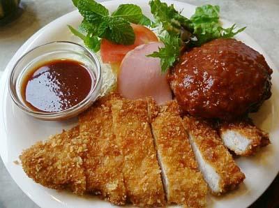 京都茶山駅近くにある洋食屋ジュネスのとんかつ