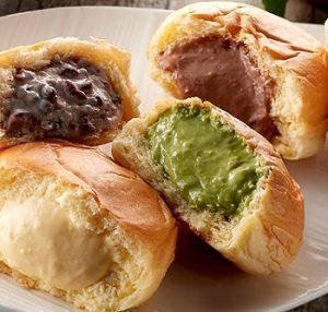 八天堂の色々な種類の味のクリームパン